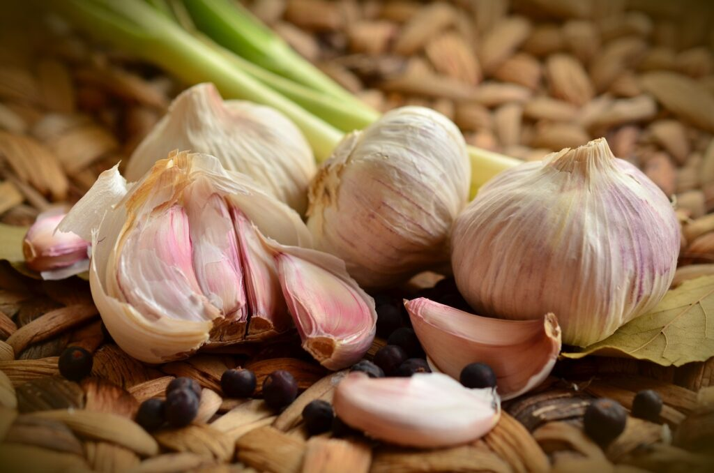 Garlic Benefits For Health (In 2021)